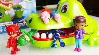 Video I Pj Masks giocano a Cocco Dentista con Peppa Pig e la Dottoressa Peluche [Unboxing divertente] download MP3, 3GP, MP4, WEBM, AVI, FLV Maret 2018