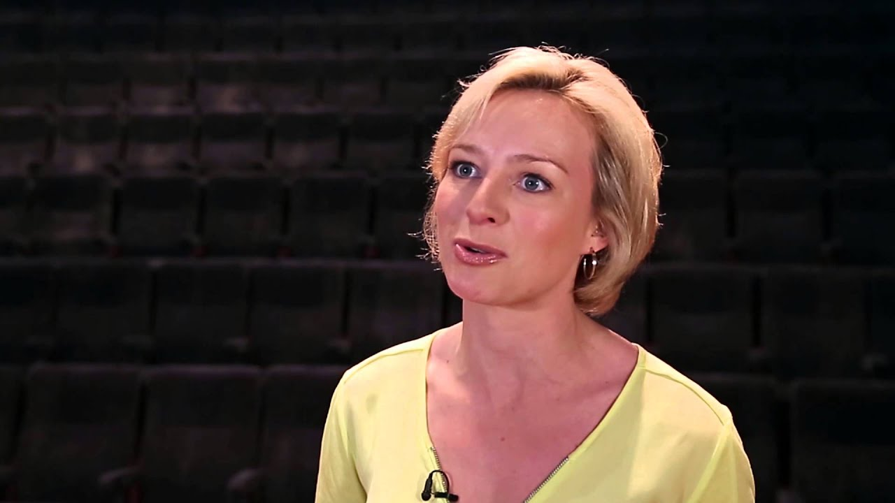 Media Briefing - Caroline Hyde, Bloomberg Television - YouTube