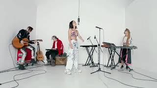 INNA - Iguana (teaser live) out sonn!!! #INNA #NewAlbum