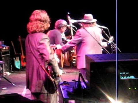 John Prine Peter Case and Garry Fish sings Paradise at Humphreys 2011