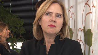 Schiphol-minister Van Nieuwenhuizen bezoekt Amstelveen