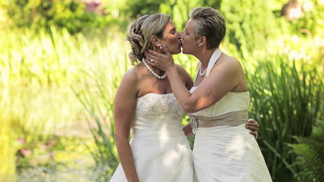 the simple life lesbian wedding