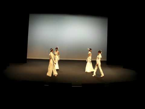Bunka Women's University Fashion Show's Bridal Wear