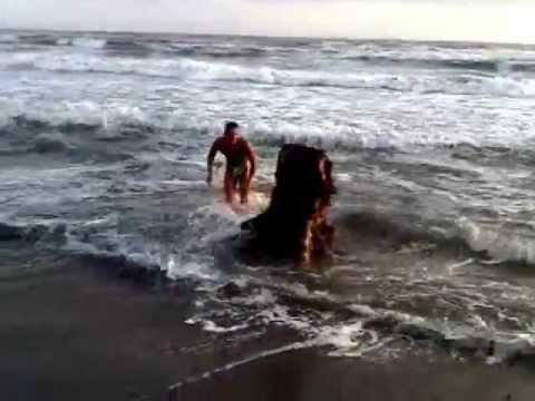 Cazzate varie divertenti video pazzi da ridere stranezze compilation funny world youtube - Bagno paradiso marina di carrara ...