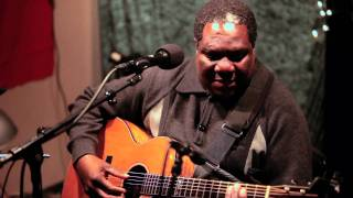 Vusi Mahlasela Woza Live on KEXP.mp3
