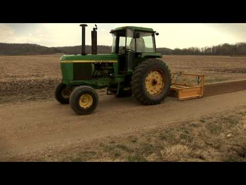 DoMor Equipment-R600C Spreader & Dura-Graders - Domor