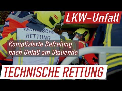 (05.11.20) Pragmatische Rettung und fehlende Gasse: Eingeklemmter LKW-Fahrer auf der A2 bei Lauenau