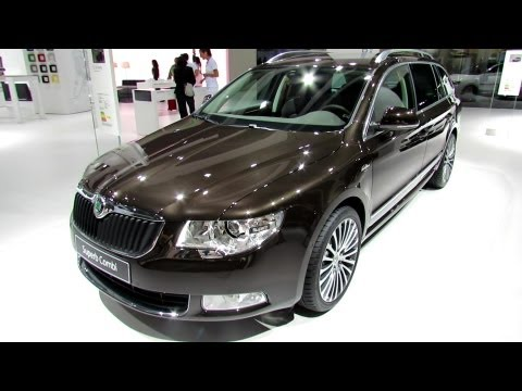 2013 Skoda Superb Combi L&K - Exterior and Interior Walkaround - 2012 Paris Auto Show