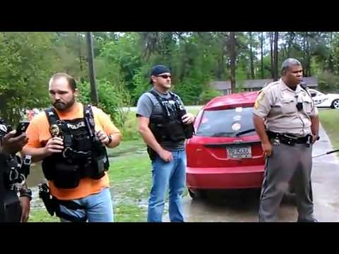 Valdosta GA Officers NO Search Warrant
