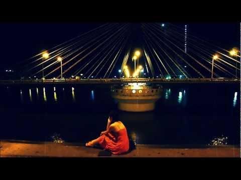 Cầu sông Hàn quay - Han River Bridge swings