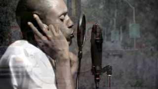 Roberto - Good Woman (Official Video)