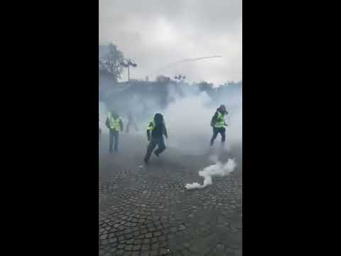 Bryan Carter reports from yellow vests protest in Paris | Part 2
