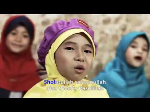 Aura Diva - Sholawat Badar (Official Music Video)