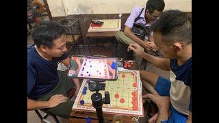 Cờ úp giang hồ | Quang Hà Nam ( trái ) vs Khọm Già ( Long Biên ) | Khọm ngồi bên phải |