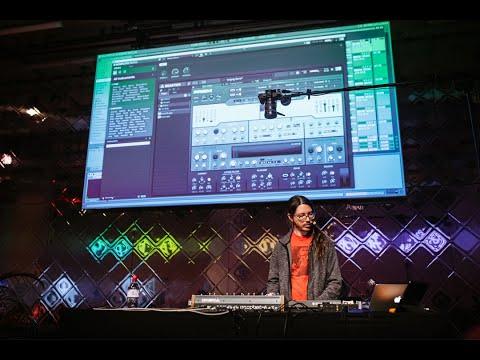 Canblaster remixe son émouvante BO «Wild Horses» avec des synthés NI de légende | Native Instruments