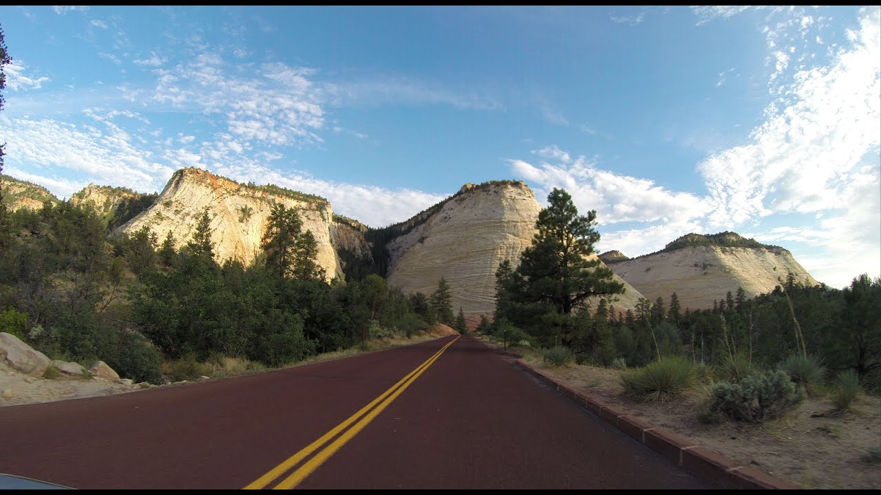Highway 9 Through Zion National Park Utah The Best Scenic Road In Usa You