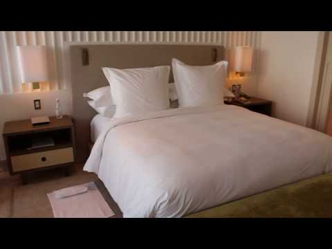 Four Seasons Hotel at the Surf Club - Miami, Oceanfront Room (1002)