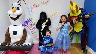 Zack Pretend Play with Guitar Music Toys & Sing Kid Songs Nursery Rhymes