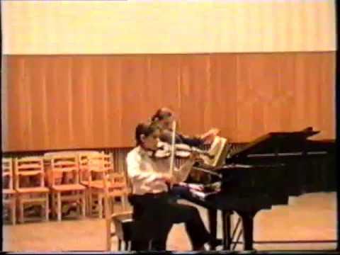 Schubert The Bee play Leonid Zhukovskiy
