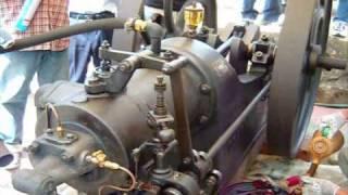 焼玉エンジン