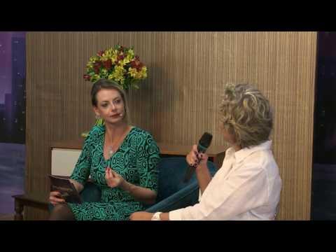Acontessencia - Bye Bye Brasil: Vale a pena morar no exterior? - EP 03