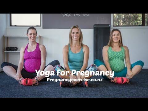 5 Minute Pregnancy Yoga Workout The Third Trimester Youtube