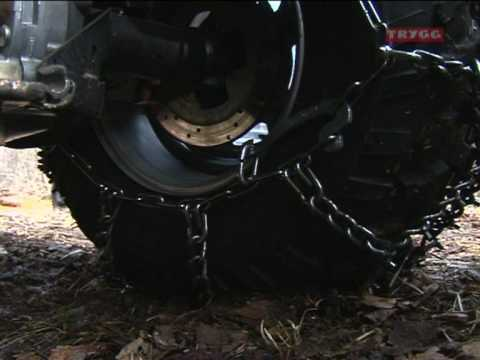 Installing TRYGG snow chains 01