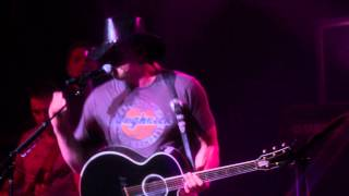 Trace Adkins: Songs & Stories Tour Vol. 1 Love Buzz YouTube Videos