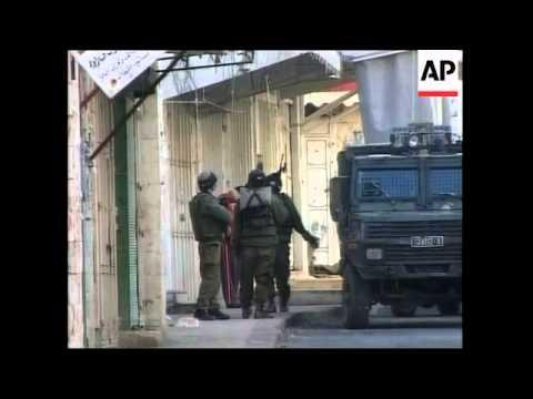 WRAP Israeli troops raid Nablus in search of militants ADDS Jenin funeral