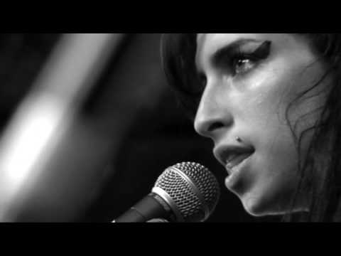 Amy Winehouse - Love Is A Losing Game (Live @ SXSW 2007)