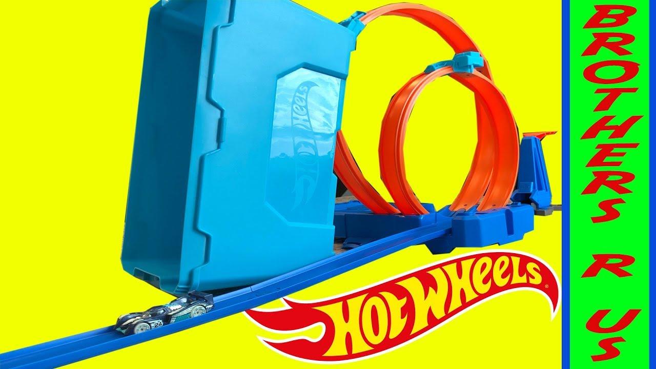 e759b9a6e6e Hot WHEELS Unboxing Multi Loop Box Track Builder!! - YouTube