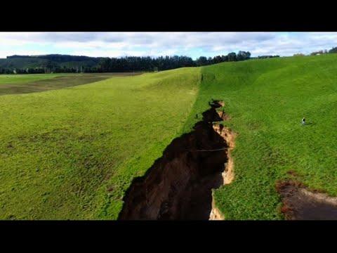 New Zealand sinkhole reveals glimpse into 60,000 y/o volcano