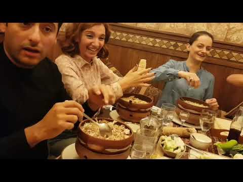 Как правильно кушать хаш!!! Хаш в Ереван пандок на улице Терян. Ереван 11.10.2018.