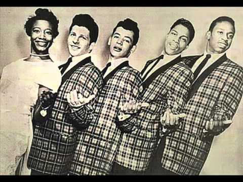 SWEETEST ONE ~ The Crests (1957) (w/ echo)