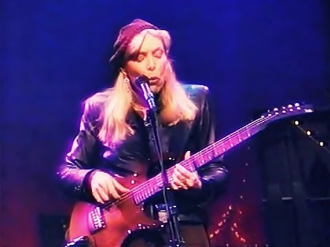 Joni Mitchell Just Like This Train Live In Studio 1996 Youtube