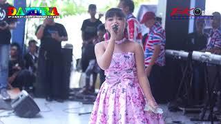 Download lagu Tangan palsu Voc, putri New Damira Live Banyubiru