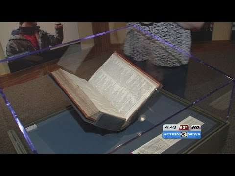 Omaha gets a look at rare Shakespeare folio