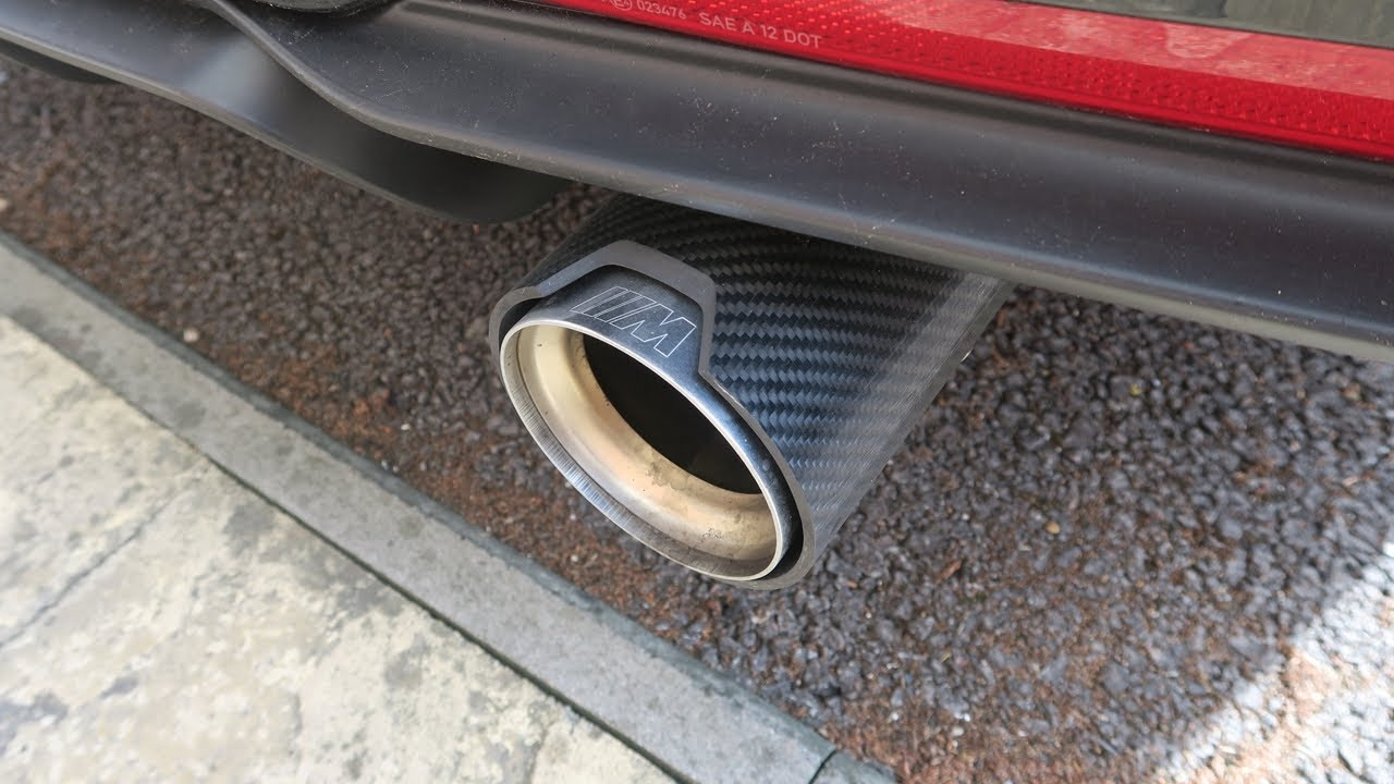 bmw f30 335i m sport stock vs mpe m performance exhaust with carbon tips