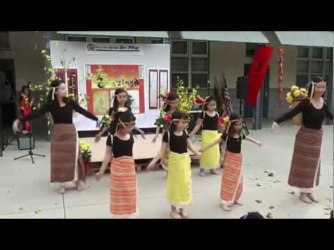 Lac Hong Tet Festival 2013