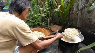 Fried Peanuts In Quezon City - Philippines