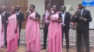 KARIWA SDA CHOIR WAKIIMBA KWENYE MAKAMBI MTAA WA MAJENGO 2019 TUNAKUSHUKURU BWANA