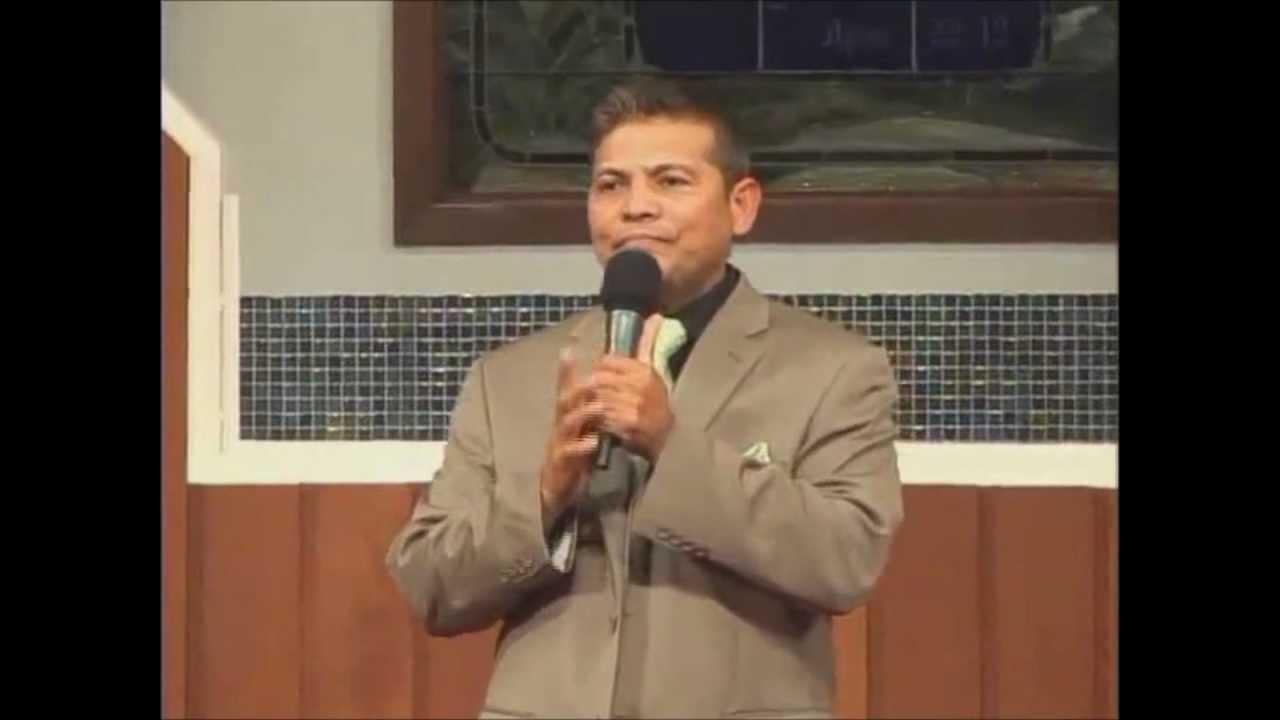 Felipe Garibo (Mi casa y yo serviremos a Jehova) En ... Felipe Garibo