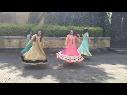 Cham Cham  Chitiya Kalaiya And Kheech Meri Photo Mash Up Dance