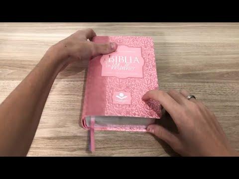 bíblia-sagrada-da-mulher- -ra- -letra-normal- -sintético- -rosa---livrarias-família-cristã
