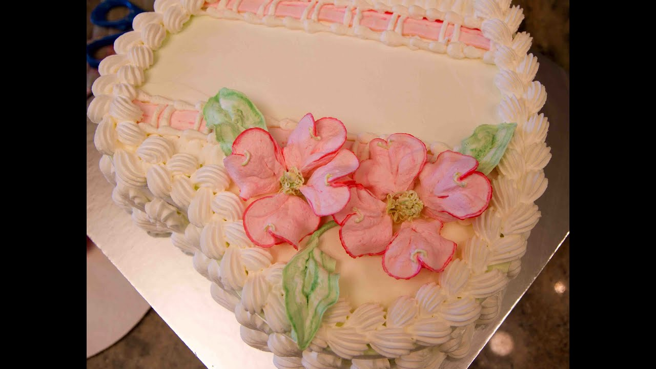 Heart Shaped Birthday Cake With Dogwood Flowers How To Make Piped