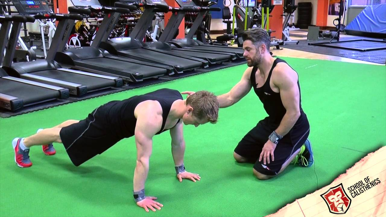 Advanced Frog Stand 5 calisthenics exercises your clients need to start doing