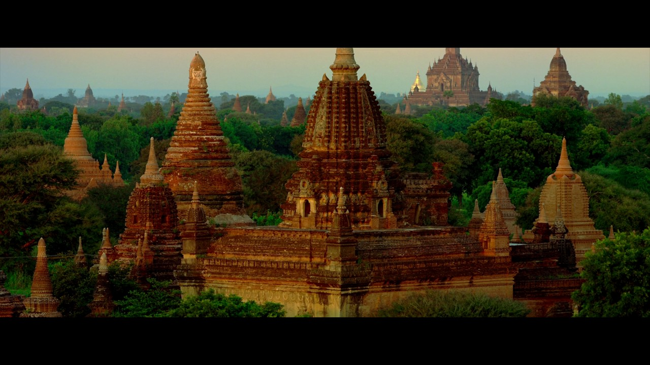 Bagan, Myanmar - Land of over 2000 temples