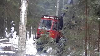 Vanhan Savotan Joulukalenteri 2014, Luukku 14, Lokomo ja MF-kärppä Savotalla