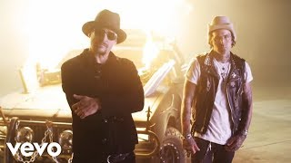 Смотреть клип Yelawolf - Get Mine Ft. Kid Rock
