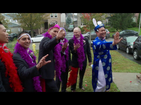 Funny Toronto Vietnamese Wedding Door Games | Toronto Vietnamese Wedding Videographer Photographer